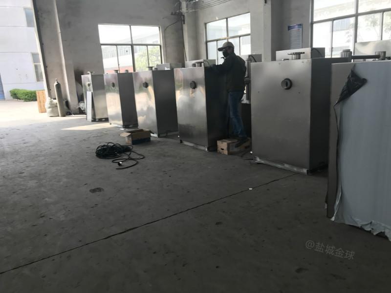 江蘇油水分離設備800人處理量30噸長2800*寬1200*高1200